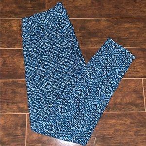 LulaRoe Blue Leggings - Tall&Curvy